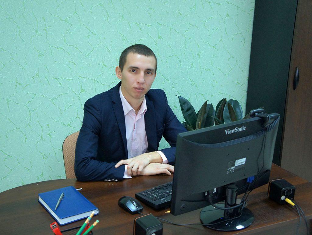 Специалист эколого-экономического мониторинга Кулаев Рустем Аметович