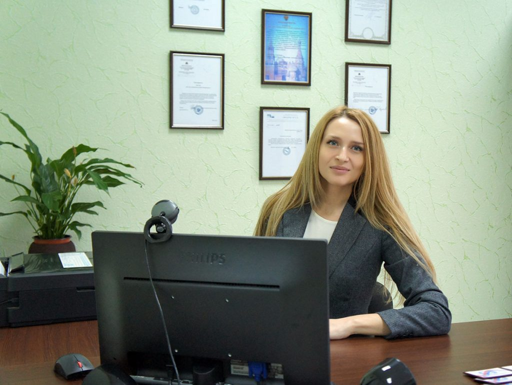 Менеджер по работе с клиентами Кравчук Анжела Ивановна
